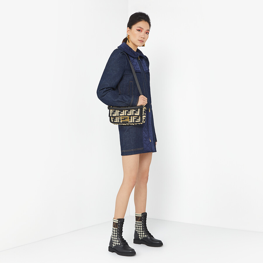 FENDI BAGUETTE - Black raffia FF bag - view 2 detail