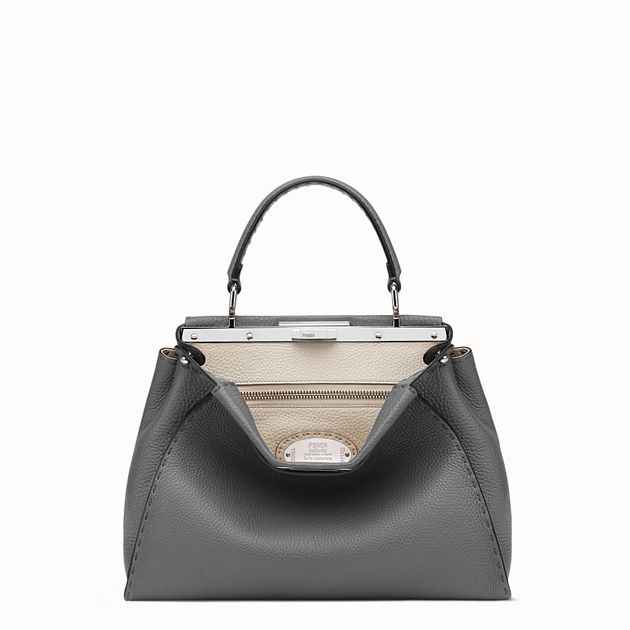 FENDI PEEKABOO ICONIC MEDIUM - Handbag in grey Roman leather - view 1 detail