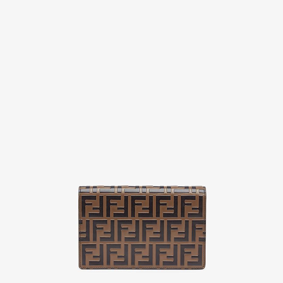 FENDI PORTEMONNAIE MIT TRAGEKETTE - Mini-Tasche aus Leder in Rot - view 3 detail