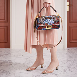FENDI BAGUETTE - Brown fabric bag - view 2 thumbnail