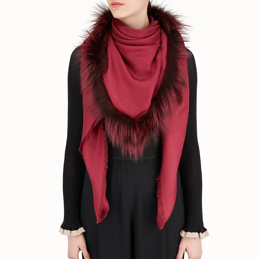 FENDI ÉCHARPE TOUCHE DE FOURRURE - Châle en soie et laine rouges - view 3 detail