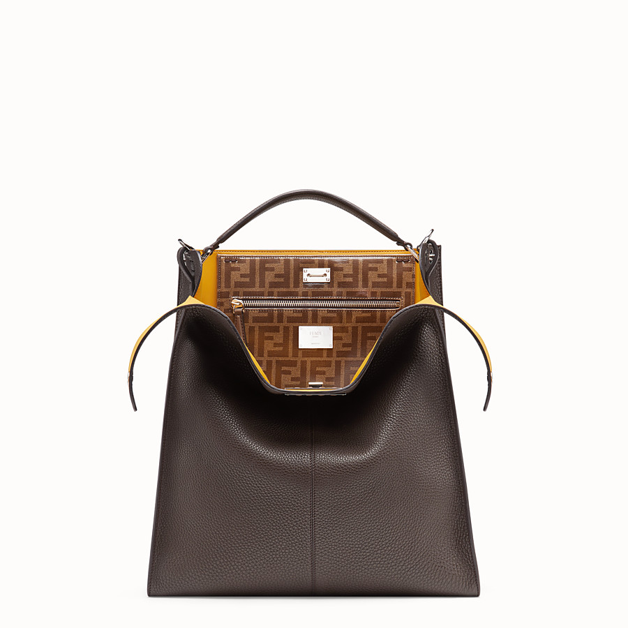 FENDI PEEKABOO X-LITE FIT - Tasche aus Leder in Braun - view 1 detail