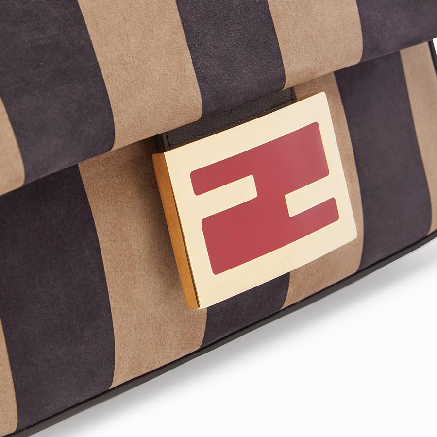 FENDI BAGUETTE - Tasche aus Nubukleder in Braun - view 6 detail