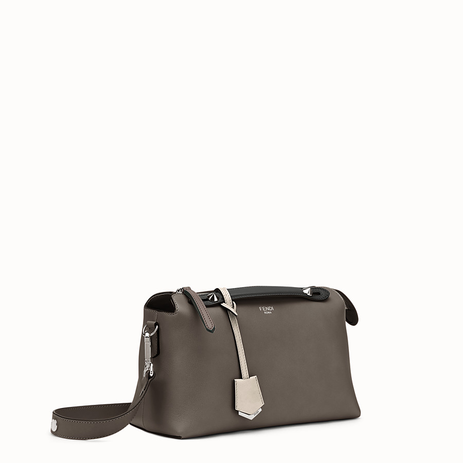 FENDI BY THE WAY MEDIUM - Petit sac Boston en cuir multicolore - view 2 detail