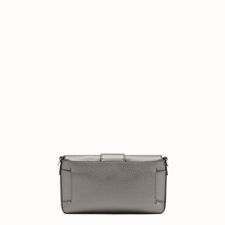 FENDI BAGUETTE - Gray leather bag - view 4 detail