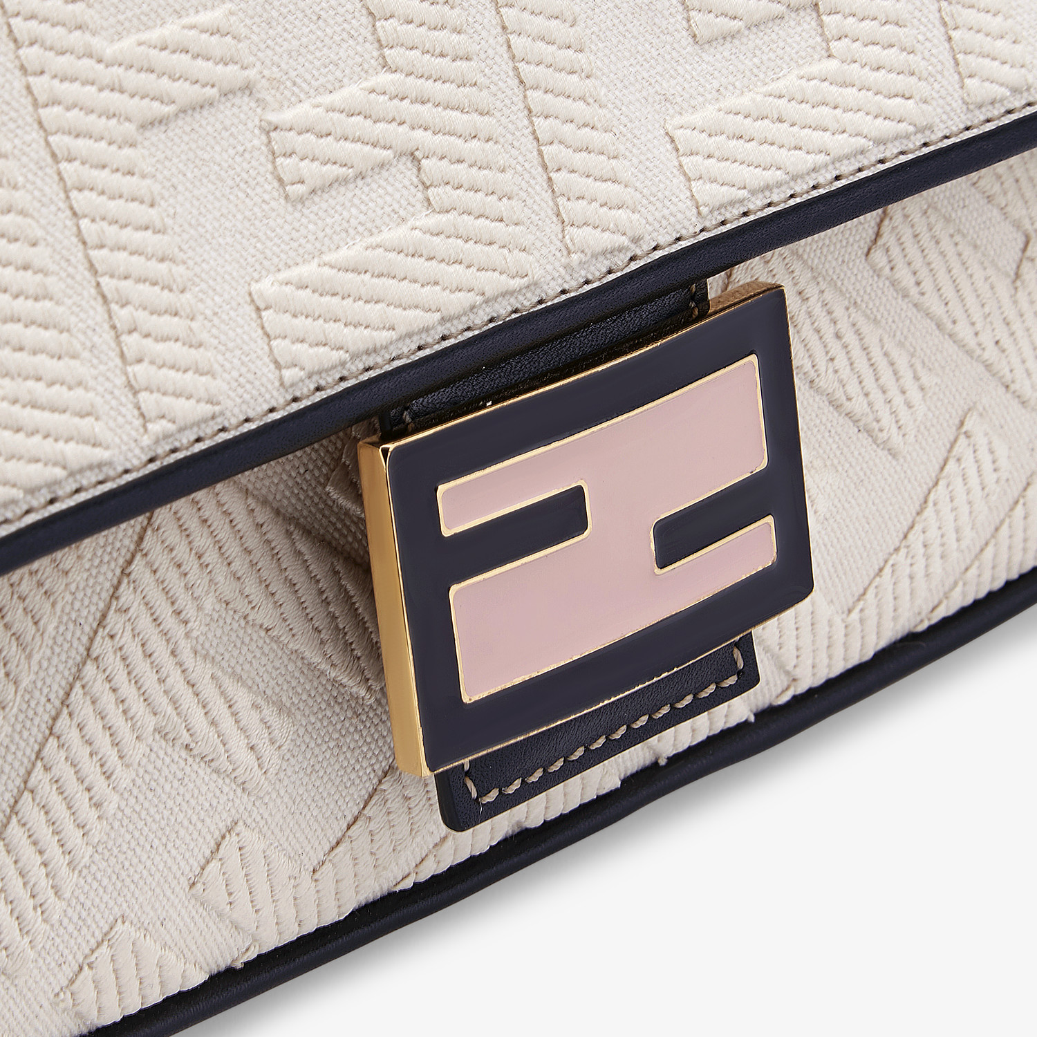FENDI BAGUETTE - White canvas bag - view 5 detail