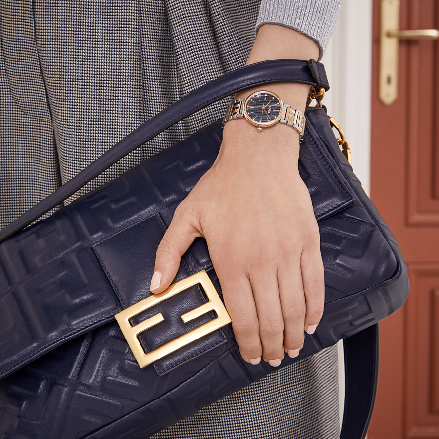 FENDI BAGUETTE LARGE - Blue nappa leather bag - view 2 detail