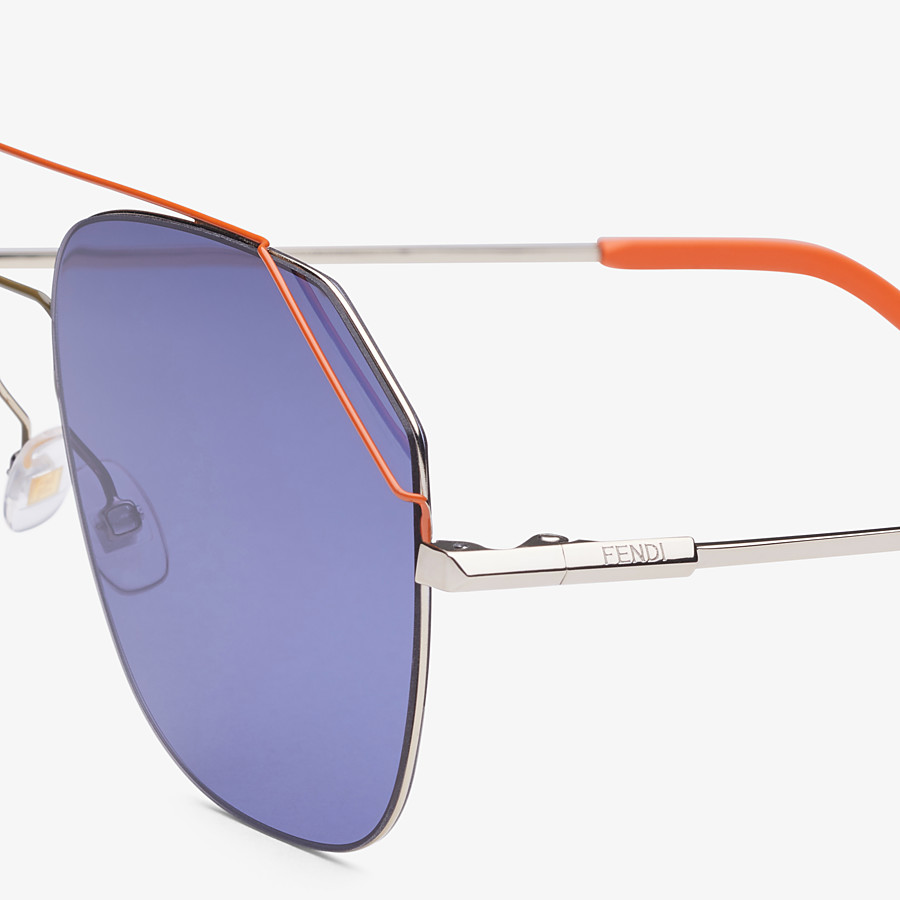 FENDI FENDIFIEND - Light gold and orange sunglasses - view 3 detail