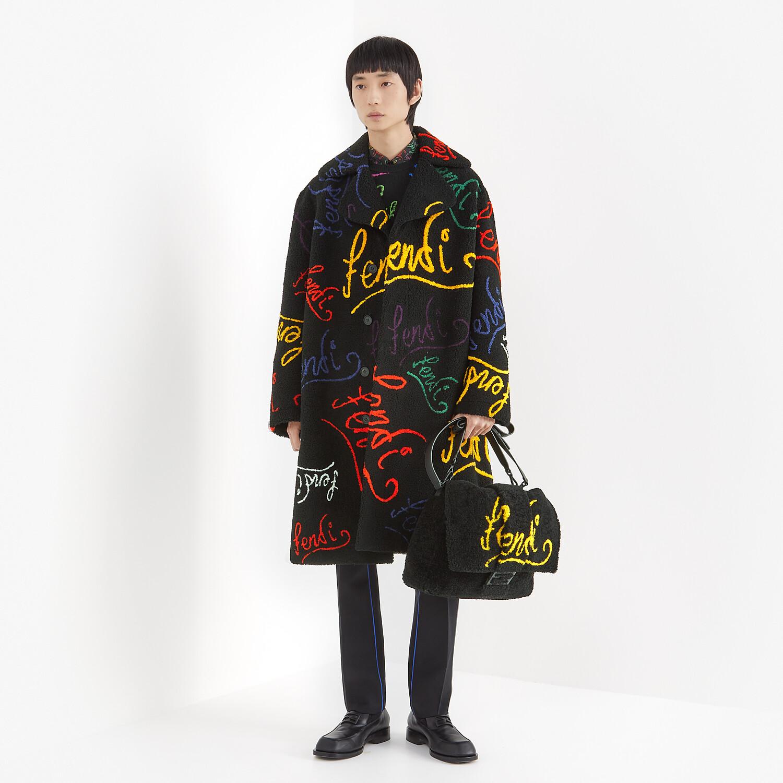 FENDI BAGUETTE MESSENGER BAG LARGE - Black shearling bag with inlay - view 6 detail