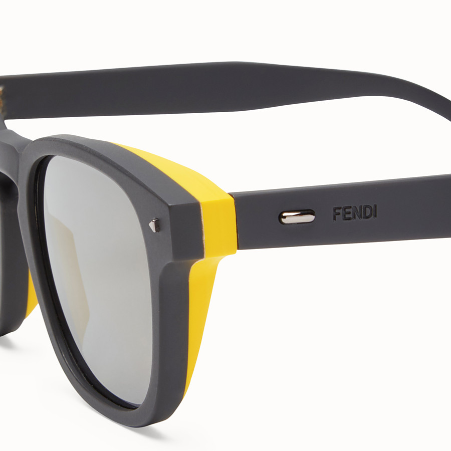 FENDI I SEE YOU - Grey sunglasses - view 3 detail