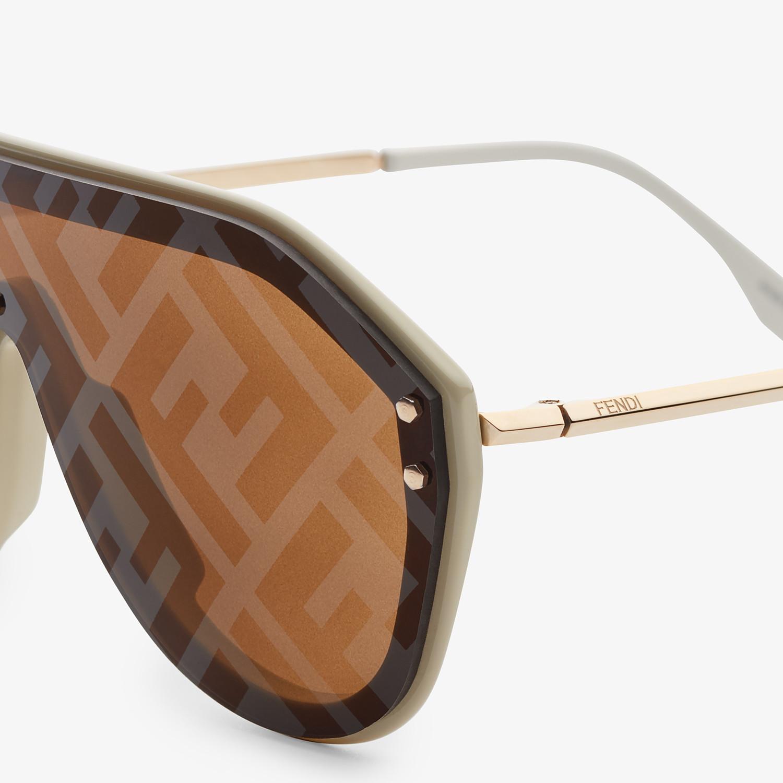 FENDI FENDI FABULOUS - Beige sunglasses - view 3 detail