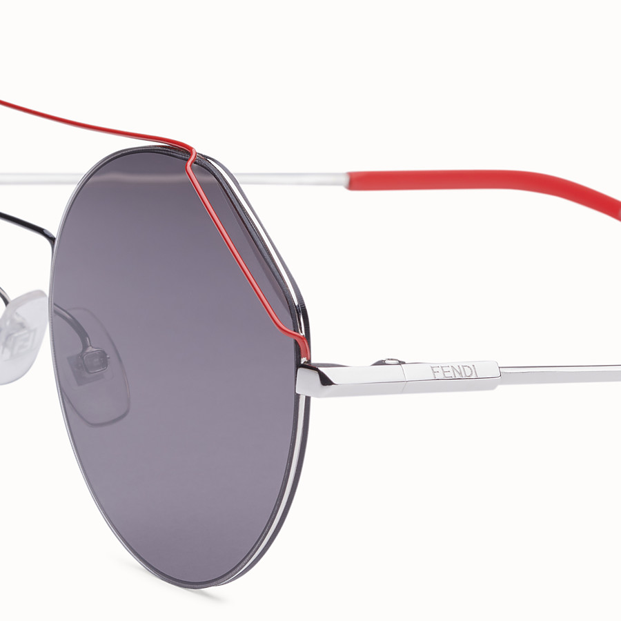 FENDI FENDIFIEND - 鈀金屬和紅色太陽眼鏡 - view 3 detail