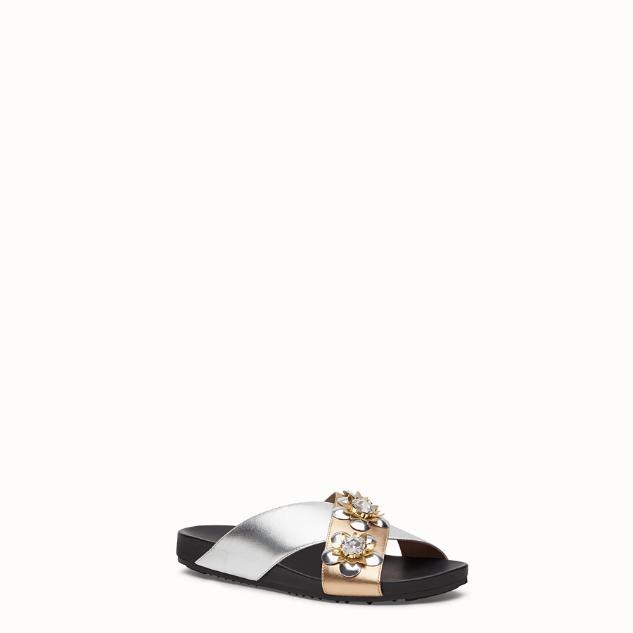 FENDI FLAT SANDALS - in champagne and silver laminated leather with flowers - view 2 detail