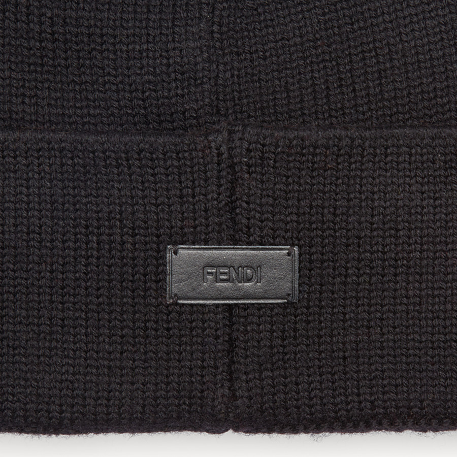 FENDI  - Black wool hat with inlay - view 2 detail