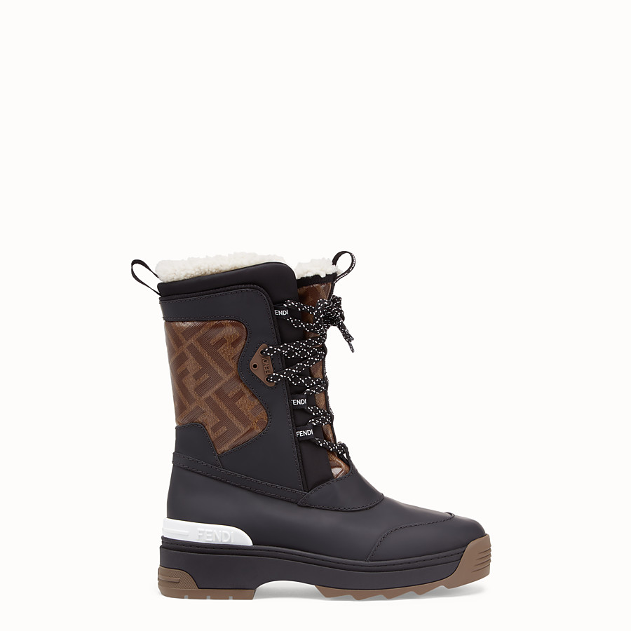 FENDI SKI BOOT - Rubberised black leather boots - view 1 detail