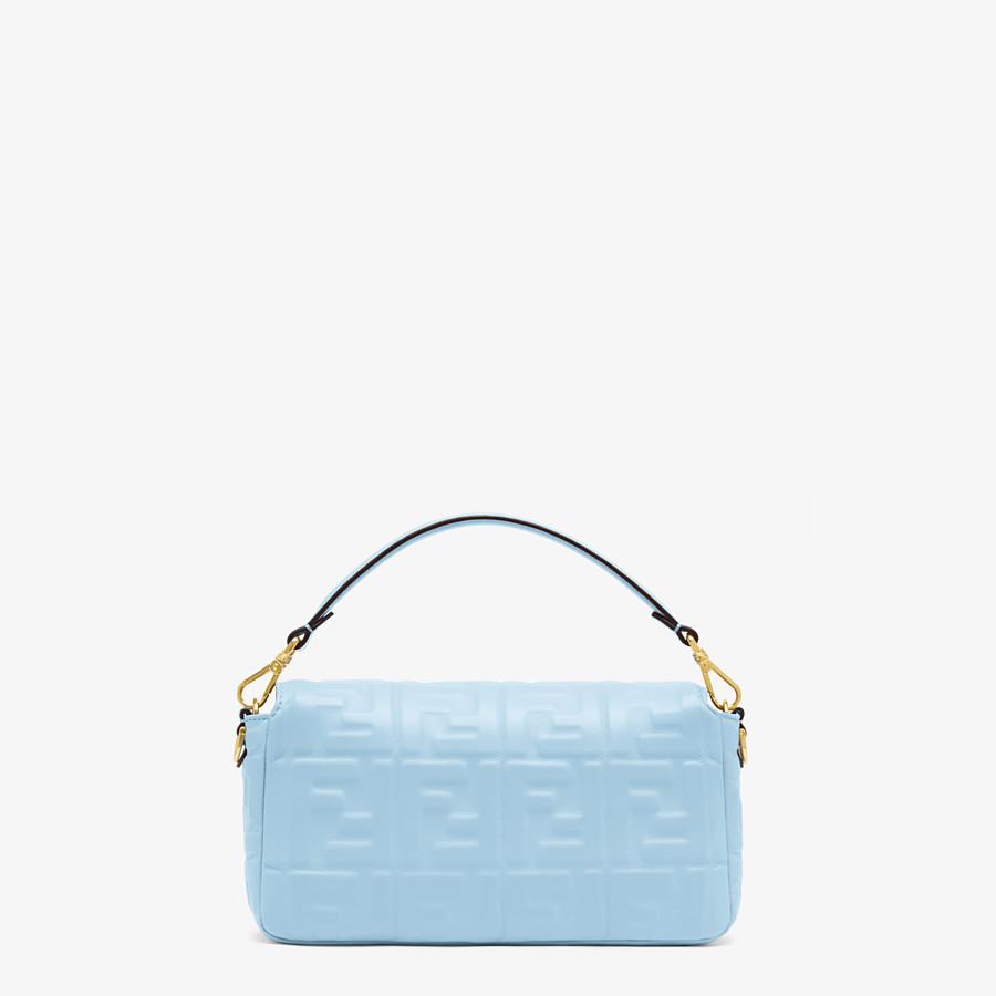 FENDI BAGUETTE - Tasche aus Nappaleder in Hellblau - view 3 detail