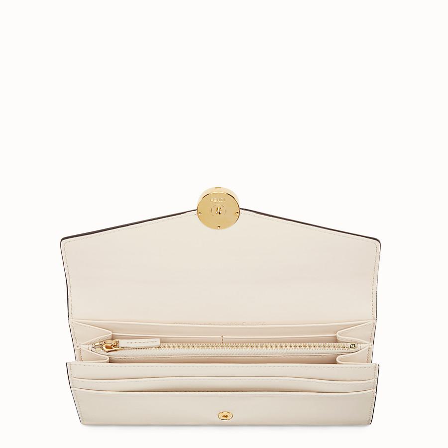 FENDI PORTEFEUILLE CONTINENTAL - Portefeuille en cuir blanc - view 4 detail