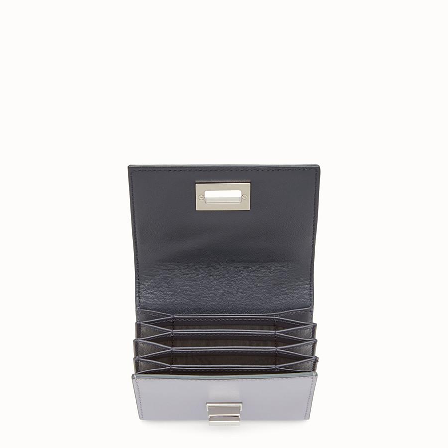 FENDI 피카부 카드 홀더 - 그레이 컬러의 가죽 미니 지갑 - view 4 detail
