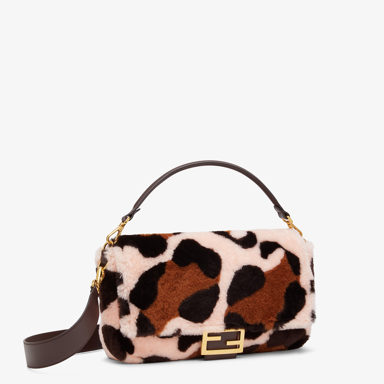 FENDI LARGE BAGUETTE - Bag in pink inlaid sheepskin - view 2 detail
