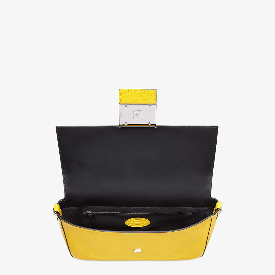 FENDI BAGUETTE LARGE - Yellow leather bag - view 5 detail