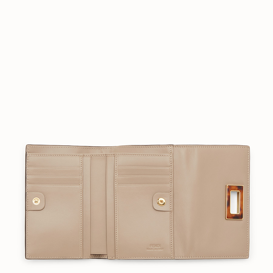FENDI PEEKABOO REGULAR - Medium continental wallet in dove-grey leather - view 5 detail
