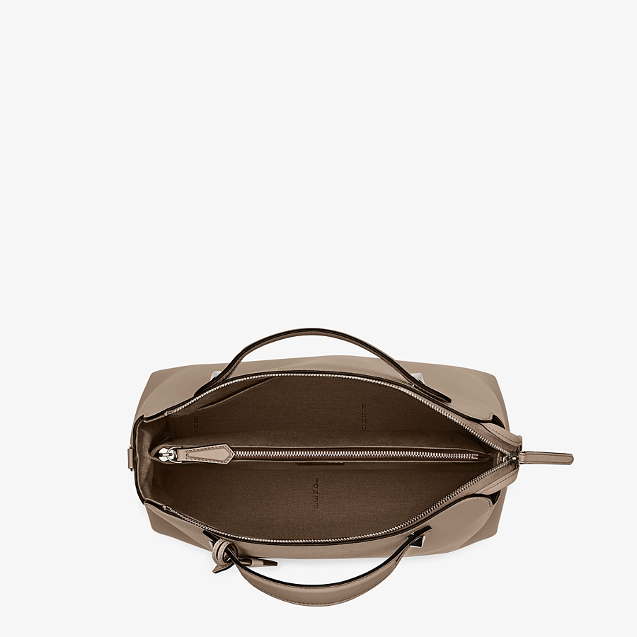 FENDI LARGE BY THE WAY - Boston bag in beige leather - view 4 detail