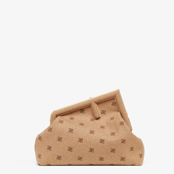 Beige flannel bag with embroidery