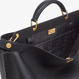 FENDI PEEKABOO ICONIC ESSENTIAL - Black leather bag - view 5 thumbnail