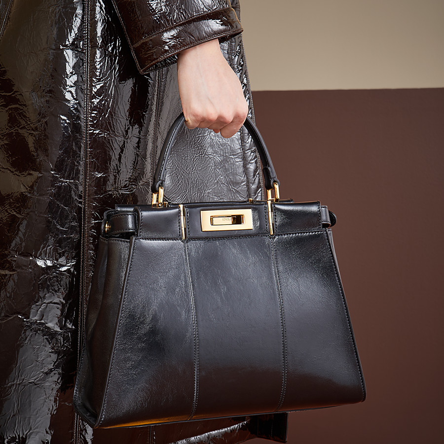 FENDI PEEKABOO ICONIC MEDIUM - Black leather bag - view 2 detail