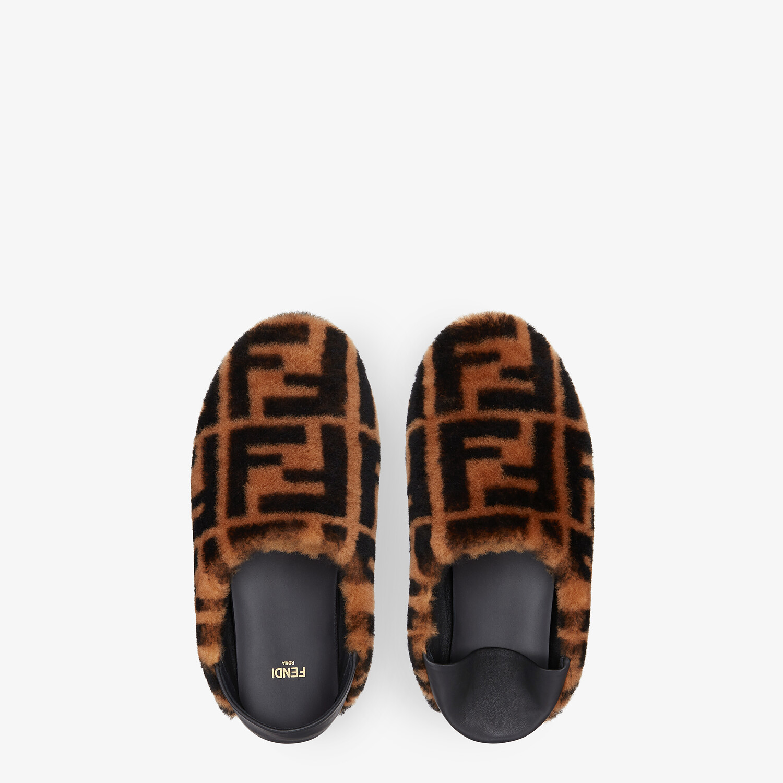 FENDI SIGNATURE - Brown sheepskin slippers - view 4 detail