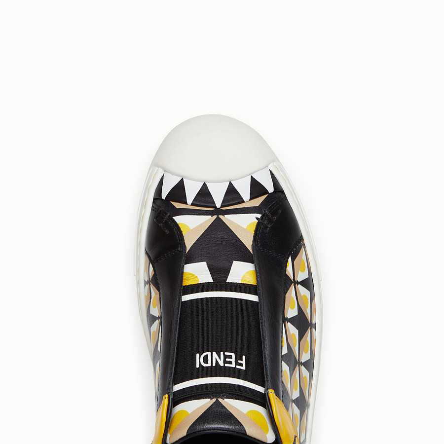 FENDI SNEAKER - in black leather with geometric print - view 4 detail