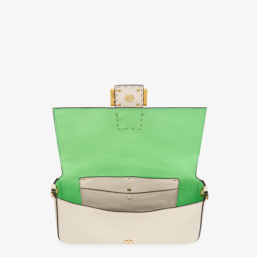 FENDI BAGUETTE LARGE - Fendi Roma Amor leather bag - view 4 detail