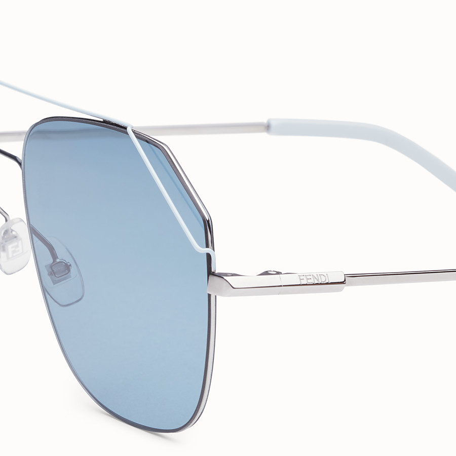 FENDI FENDIFIEND - Ruthenium and pale blue sunglasses - view 3 detail