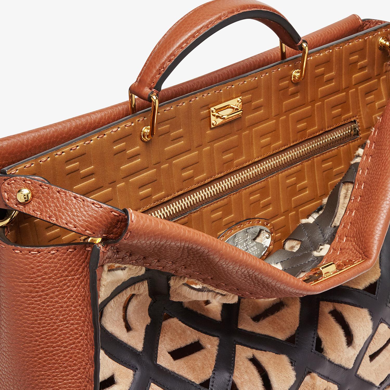 FENDI PEEKABOO ICONIC MEDIUM - Brown leather bag - view 5 detail