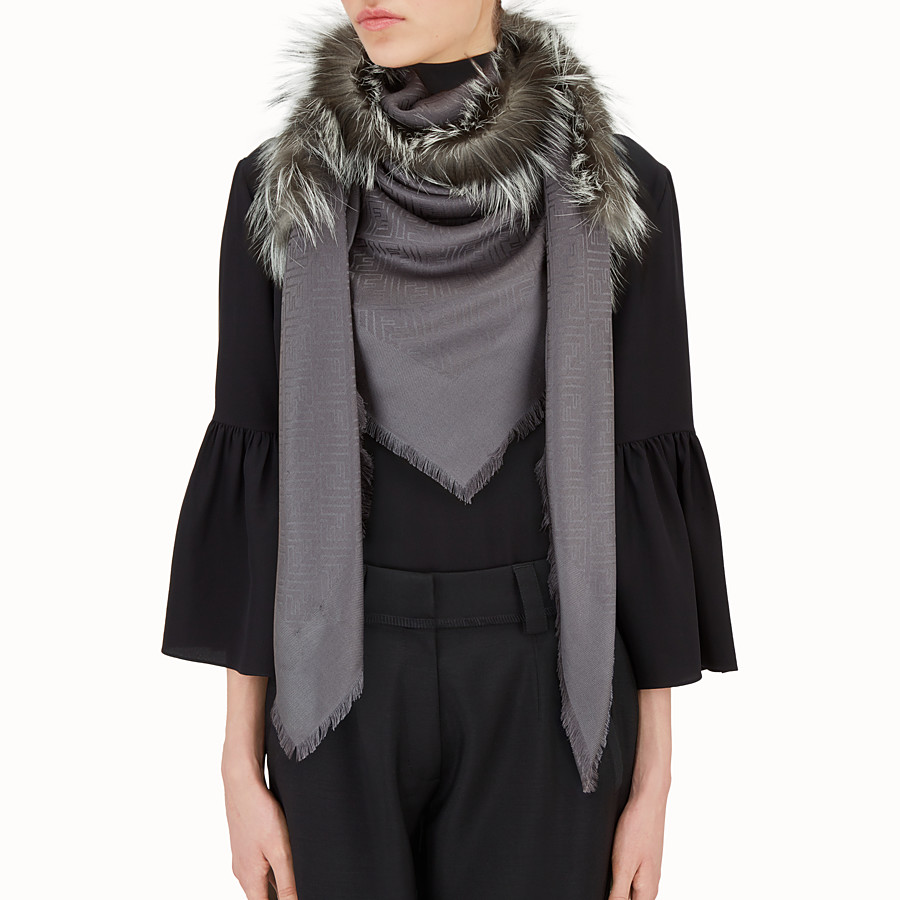 FENDI TOUCH OF FUR SHAWL - Gray silk and wool shawl - view 3 detail