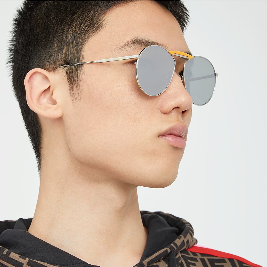 FENDI GENTLE Fendi No. 2 - Palladium-coloured sunglasses - view 5 detail