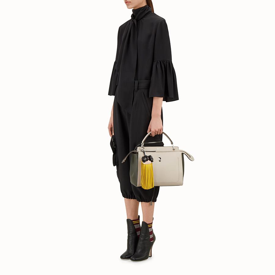 FENDI BIJOU DE SAC FRINGE-EYES - Bijou de sac à franges en cuir jaune - view 3 detail
