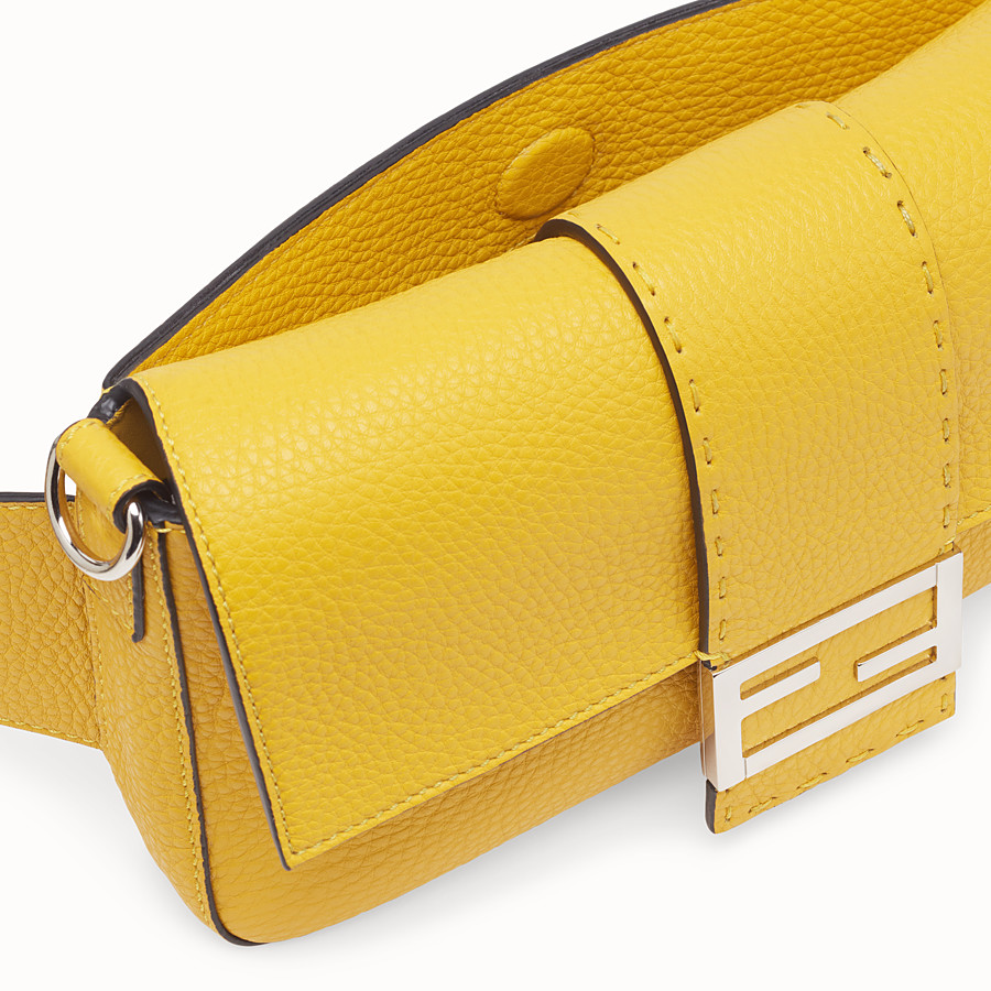 FENDI BAGUETTE - Yellow leather bag - view 6 detail
