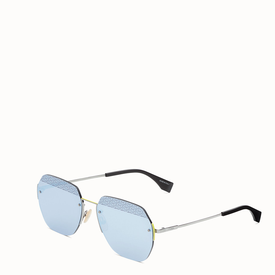 FENDI FF - Sonnenbrille in der Farbe Ruthenium - view 2 detail