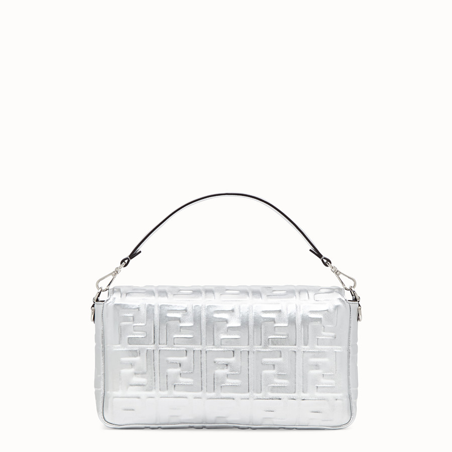 FENDI BAGUETTE LARGE - Silver leather bag - view 4 detail