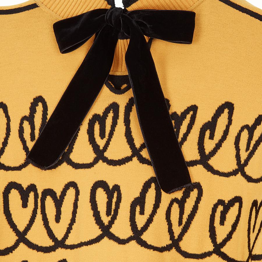 FENDI ABITO - Maxi pullover in lana gialla - vista 3 dettaglio