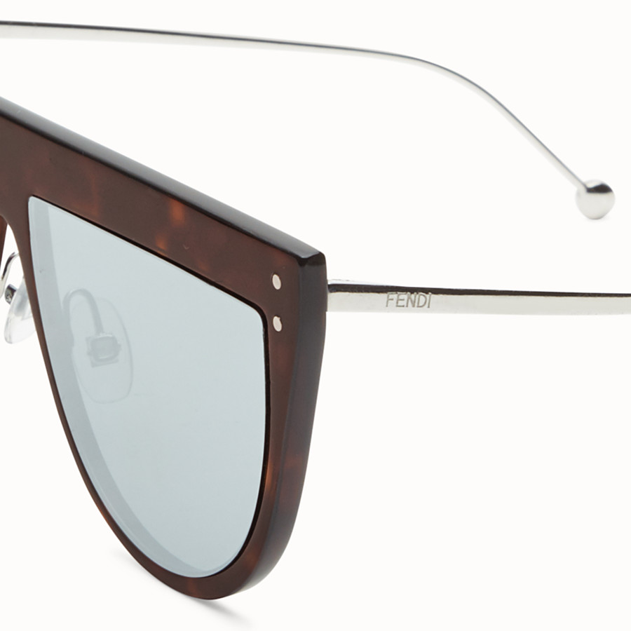 FENDI DEFENDER - Havana sunglasses - view 3 detail