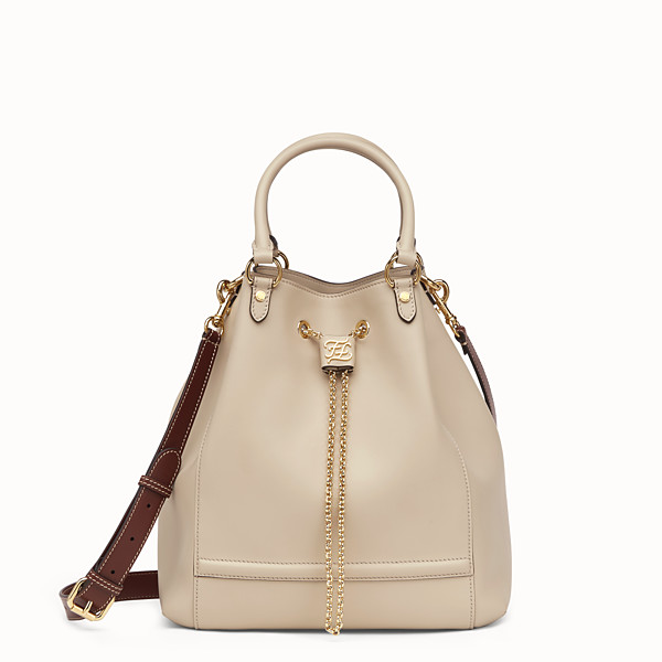 FENDI CHAIN BUCKET - Secchiello in pelle beige - vista 1 thumbnail piccola