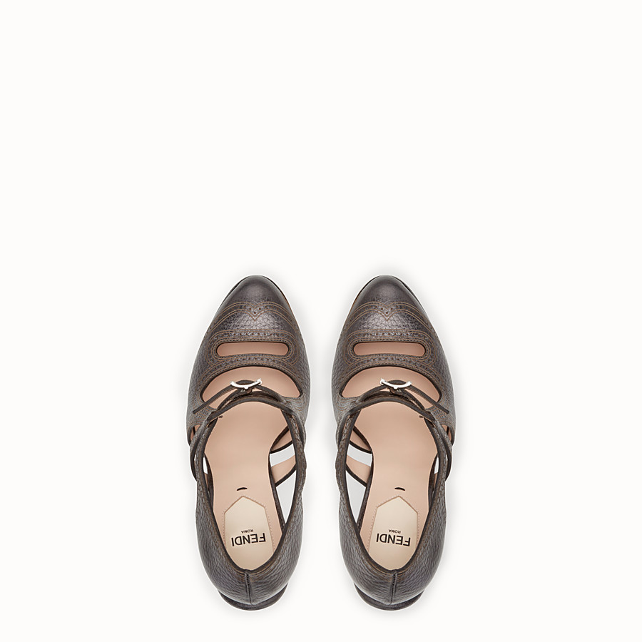 FENDI 高跟鞋 - 碳灰色皮革鏤空高跟鞋 - view 4 detail