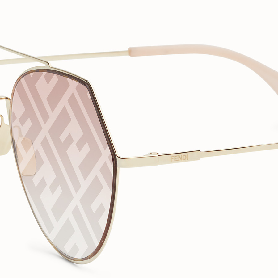 FENDI EYELINE - Gold-coloured sunglasses - view 3 detail