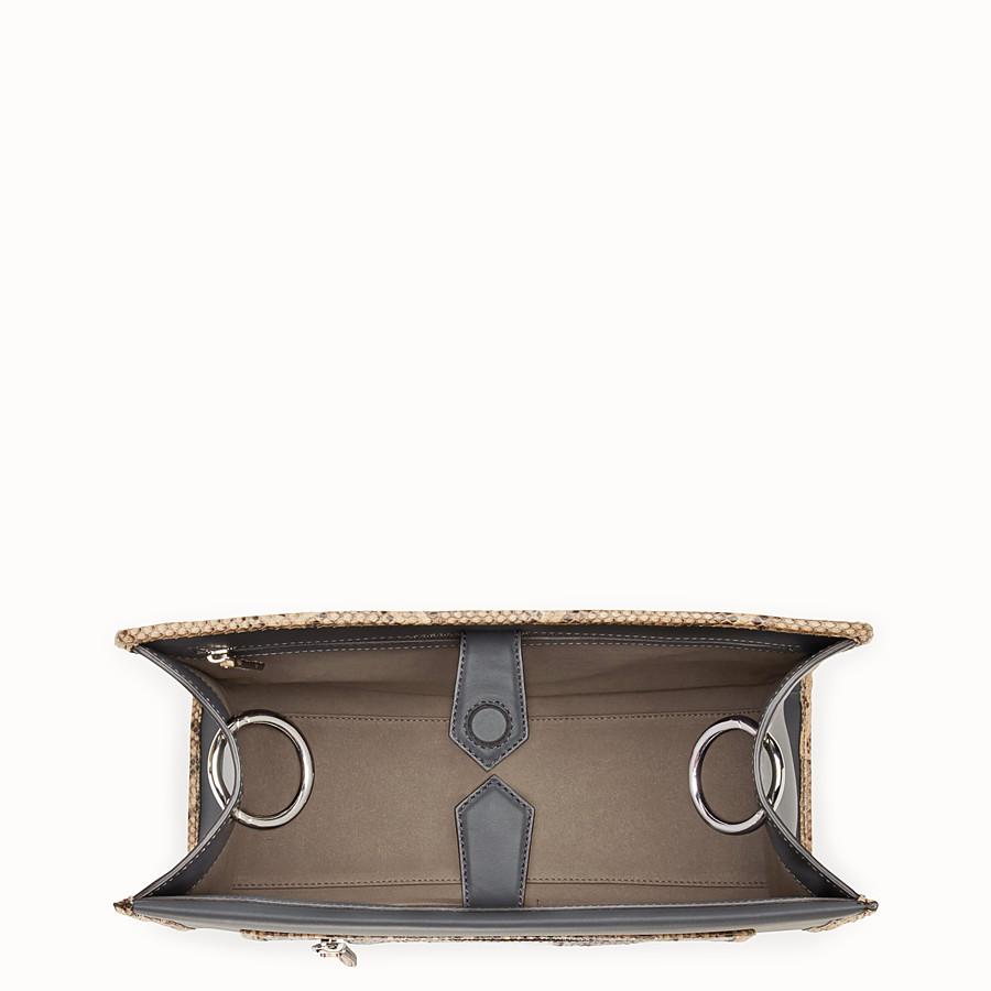 FENDI 標準款式RUNAWAY - 灰色奇珍皮革手袋 - view 4 detail