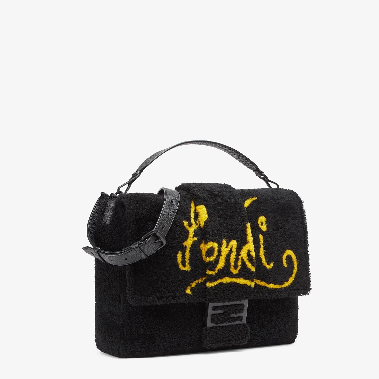 FENDI BAGUETTE MESSENGER BAG LARGE - Black shearling bag with inlay - view 2 detail