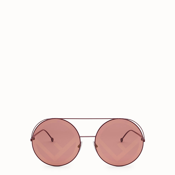 FENDI RUN AWAY - F/W17 Fashion Show red sunglasses - view 1 small thumbnail