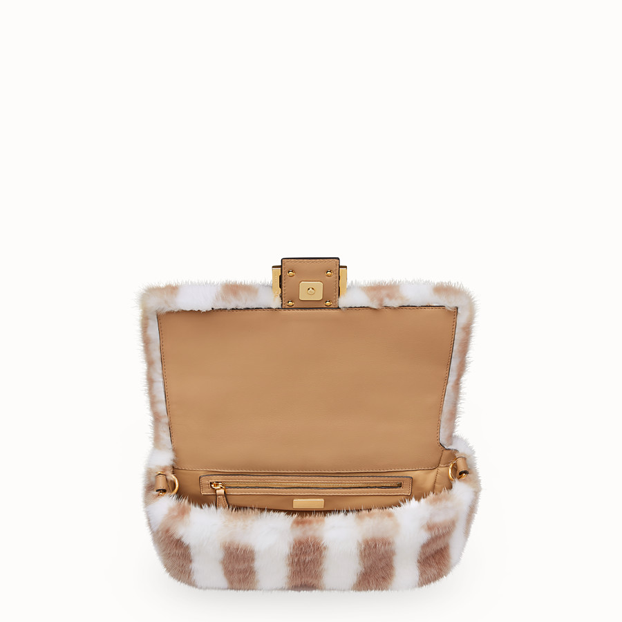 FENDI BAGUETTE - White mink bag - view 5 detail