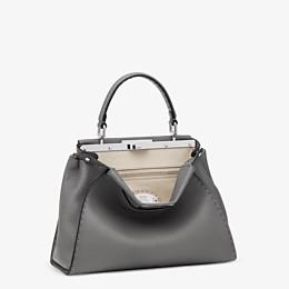 FENDI PEEKABOO ICONIC MEDIUM - Handbag in grey Roman leather - view 2 thumbnail